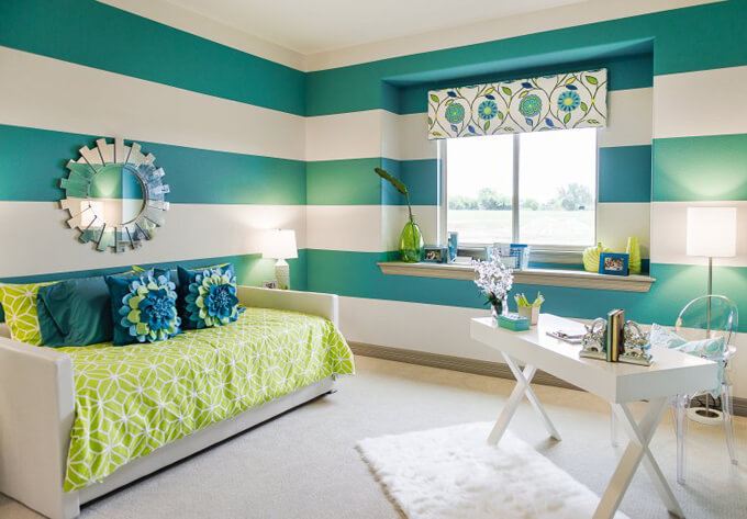 girl's room interior design idea