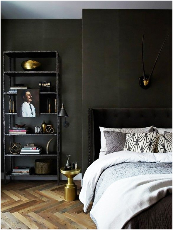 Classic Black and White Bedroom Decoration