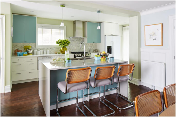 Turquoise-and-white-Kitchen-idea