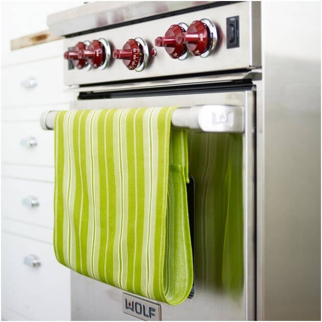 Use-Velcro-for-Dish-Towels-so-They-dont-Slip-Off