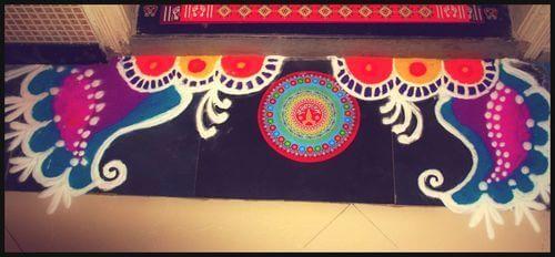 Decoartion for diwali amazing diwali decoration ideas for Door rangoli design images